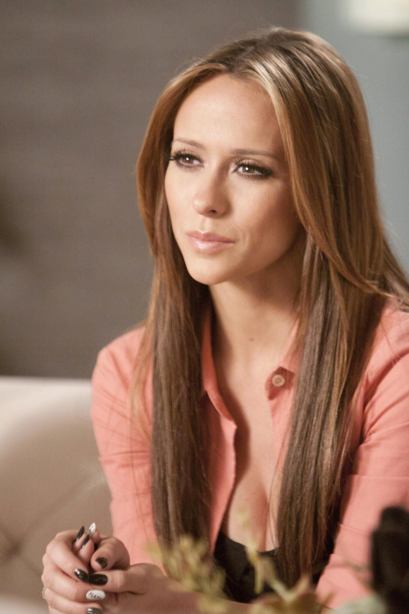 Picture Of And Jennifer Love Hewitt In The Client List Picture