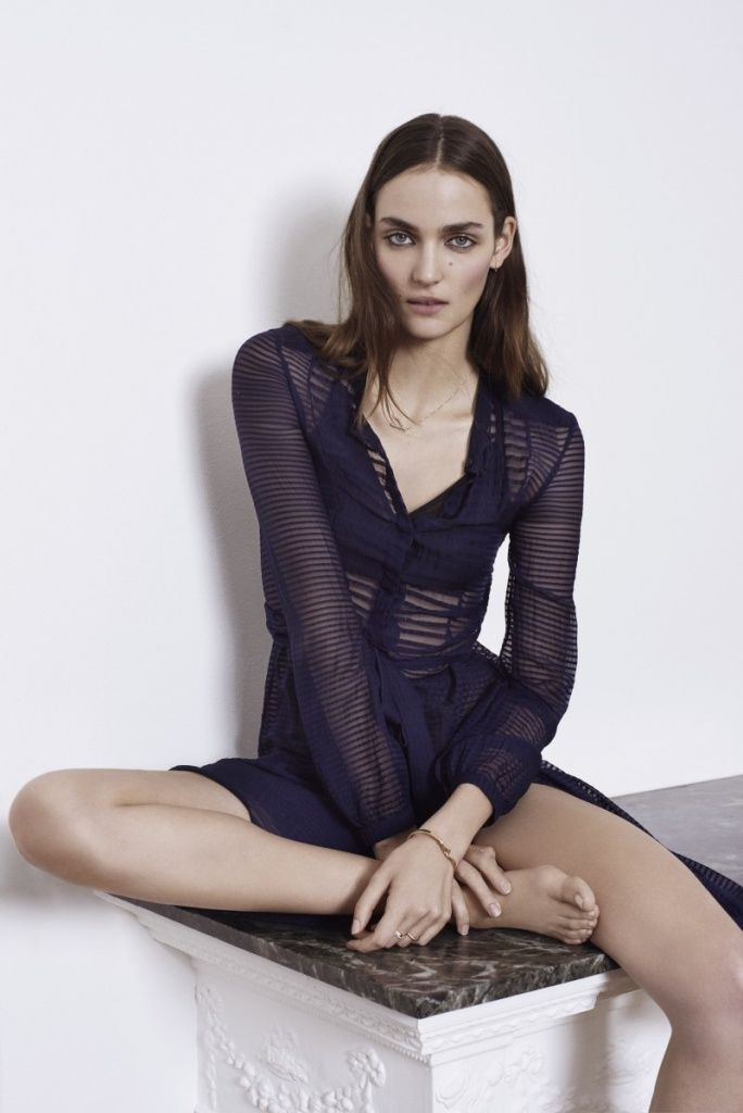 Zuzanna Bijoch for Costume dk | Model poses