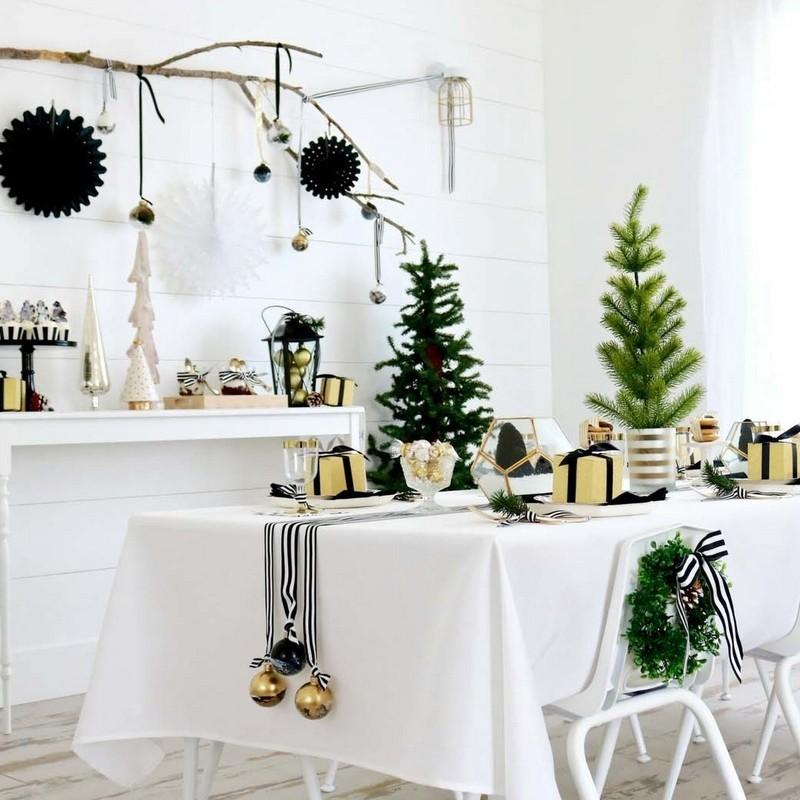 Dekoracje Stolu Na Boze Narodzenie Swiateczne Serwetki Biezniki Obrusy Christmas Table Farmhouse Christmas Christmas Table Decorations