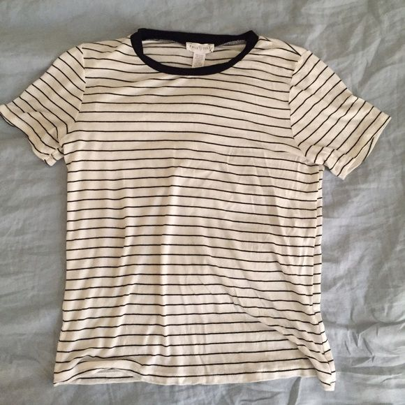 Tilly's striped tee! Cute tee shirt with stripes, only worn twice! Soft like a brandy top Tilly's Tops Tees - Short Sleeve