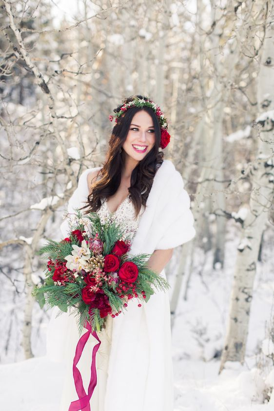 cf034945418 Snowy Winter Wedding Inspiration In Lake Tahoe