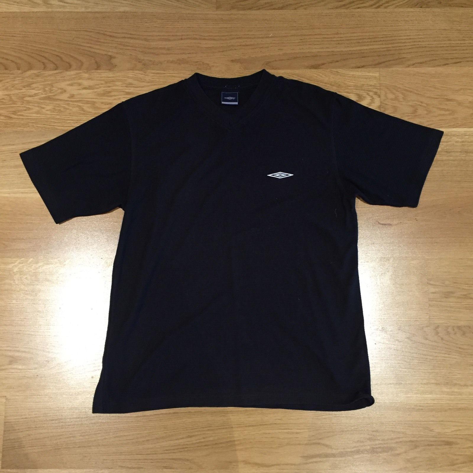 Black umbro t shirt - Umbro V Neck Short Sleeve T Shirt Textured Stripe Black Size Xl Ebay