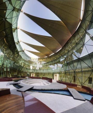 Al Bateen School in Abu Dhabi by DEWAN Architects & Engineers