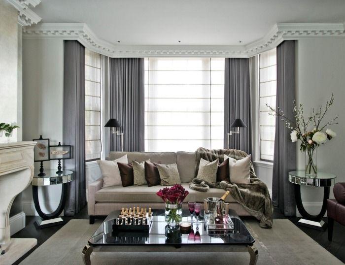 Fenstergestaltung Wohnzimmer ~ Luxuriöse bodenlange vorhänge in glänzend grau für den sitzbereich