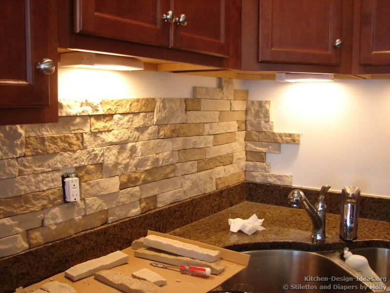 Backsplash con fachaleta de ladrillo para la cocina kitchen decoraci n en 2019 pinterest - Decoracion con ladrillos ...