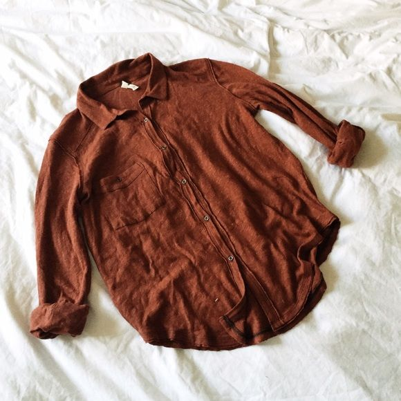 Free People Caroline Shirt Worn once. No trades! Free People Tops Button Down Shirts