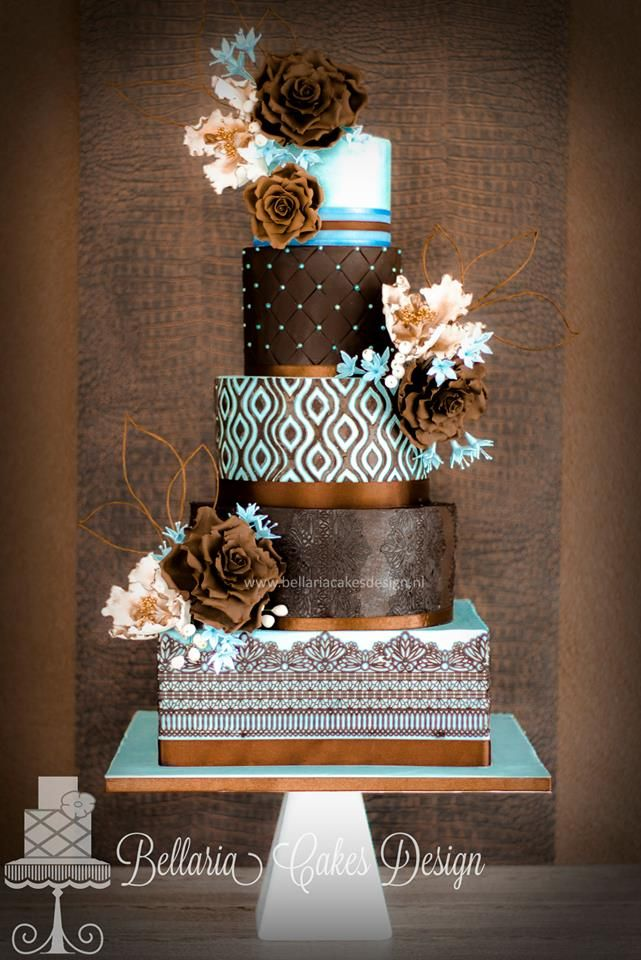 This Is A Gorgeous Stacked 4 Tier Wedding Cake Our Square Cake Board And 4 Tier Round Boards Can Be Used To Brown Wedding Cakes Wedding Cakes Gorgeous Cakes