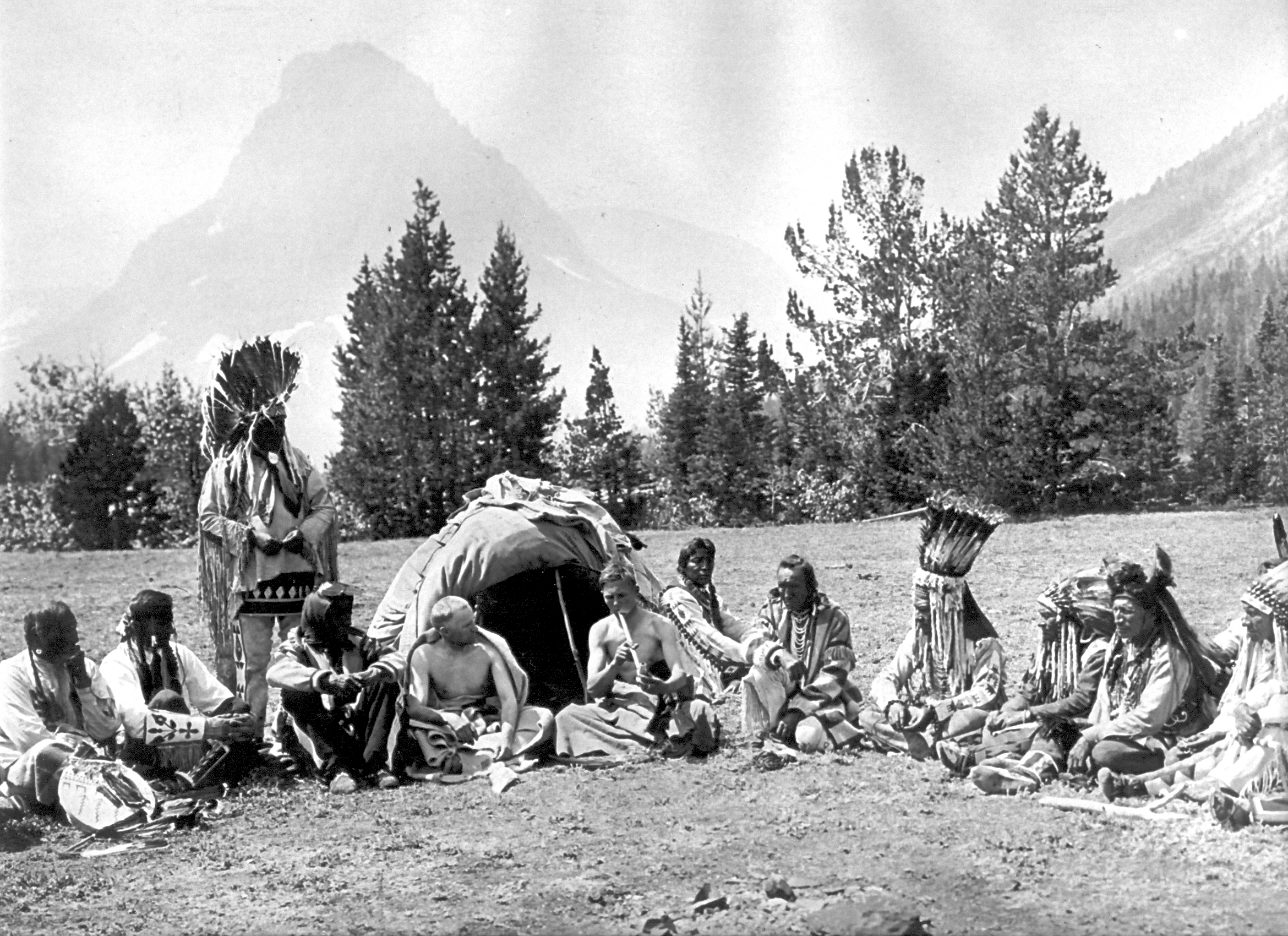 plains indians 1950s on In the 1950s, a series of bureau of indian affairs programs again relocated  thousands of plains indians to cities across the country this mass migration  created.