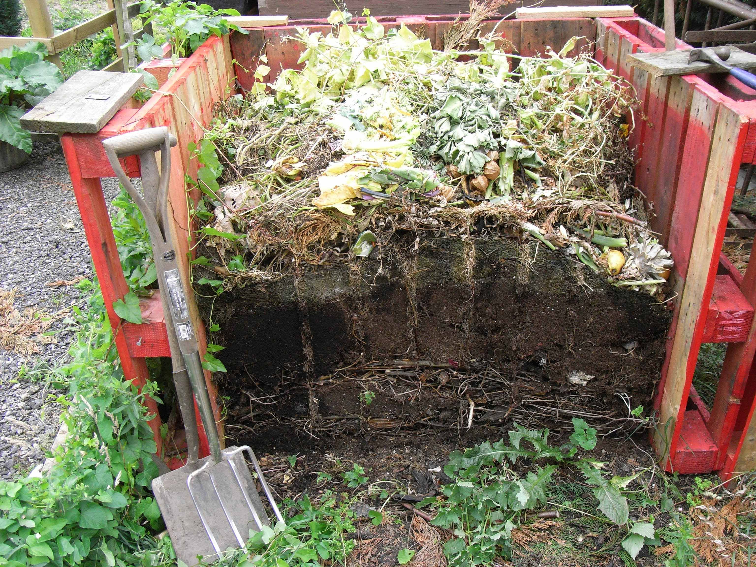 compost pile learning to compost u003eu003e visit us at