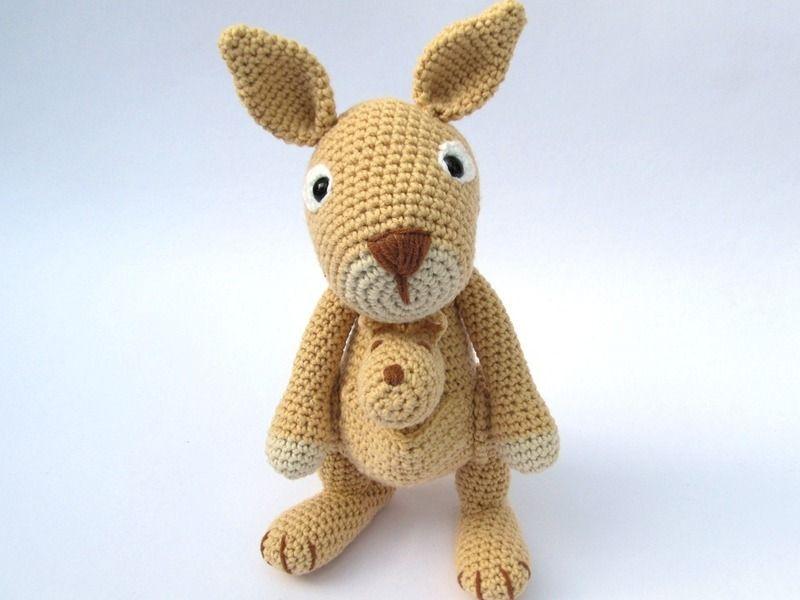 Känguru mit Baby Häkelanleitung / Amigurumi | Amigurumi, Crochet and ...
