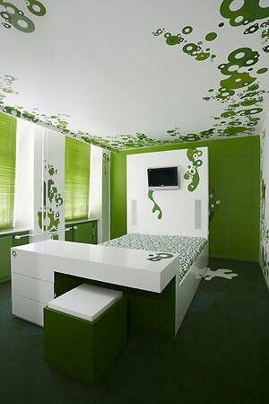 Hotelroom in green