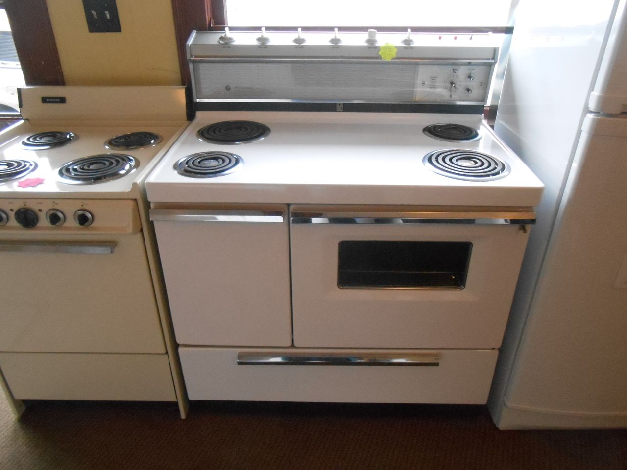 Side by side double oven cost - Appliance City Westinghouse Vintage 40 Inch Range Double Oven Coil Elements 2 Large 2 Small Window On Large Oven Side Large Storage Drawer Regularly