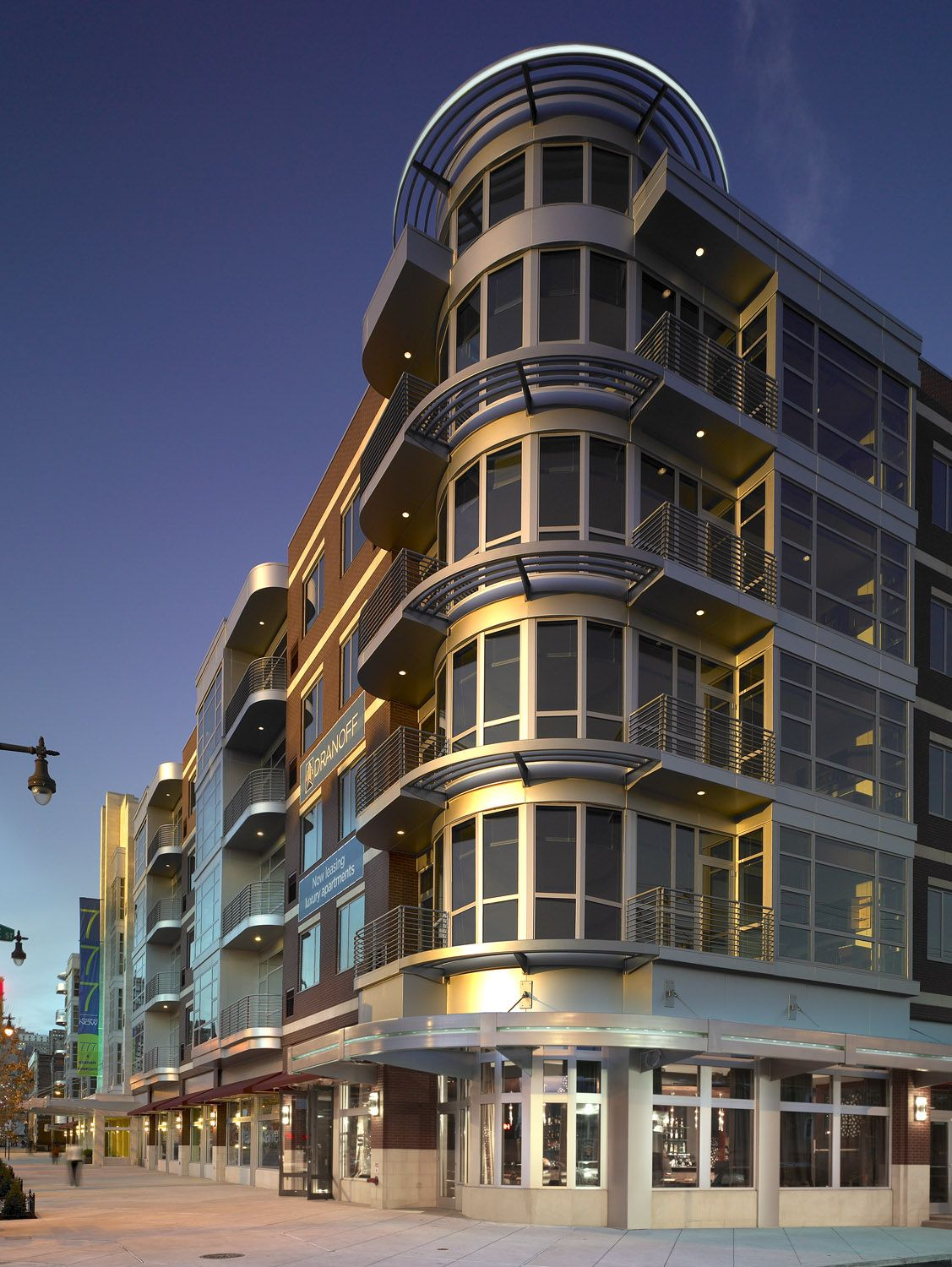 777 South Broad 1 and 2 bedroom luxury loft apartments