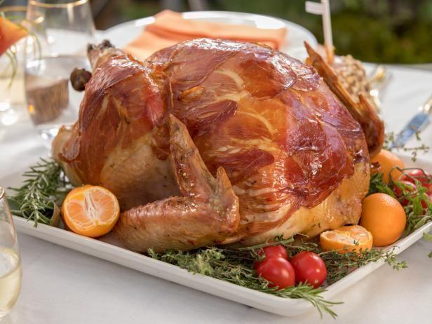 Prosciutto wrapped turkey receta recetas get prosciutto wrapped turkey recipe from food network forumfinder Images