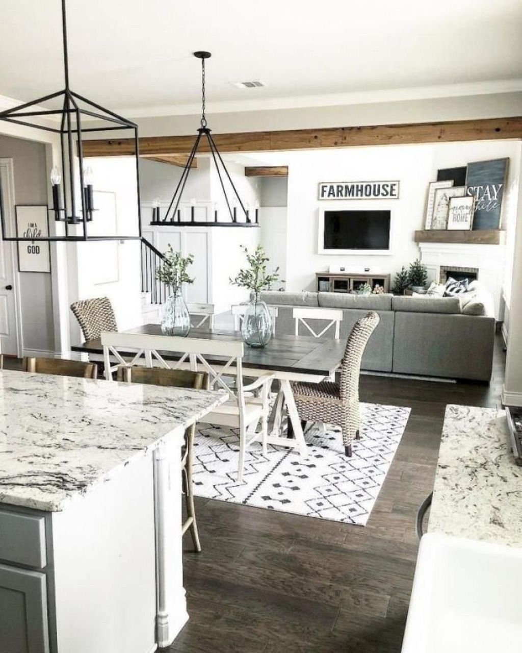32 Stylish Dining Room Ideas To Impress Your Dinner Guests: 50 Stunning Farmhouse Dining Room Decoration Ideas