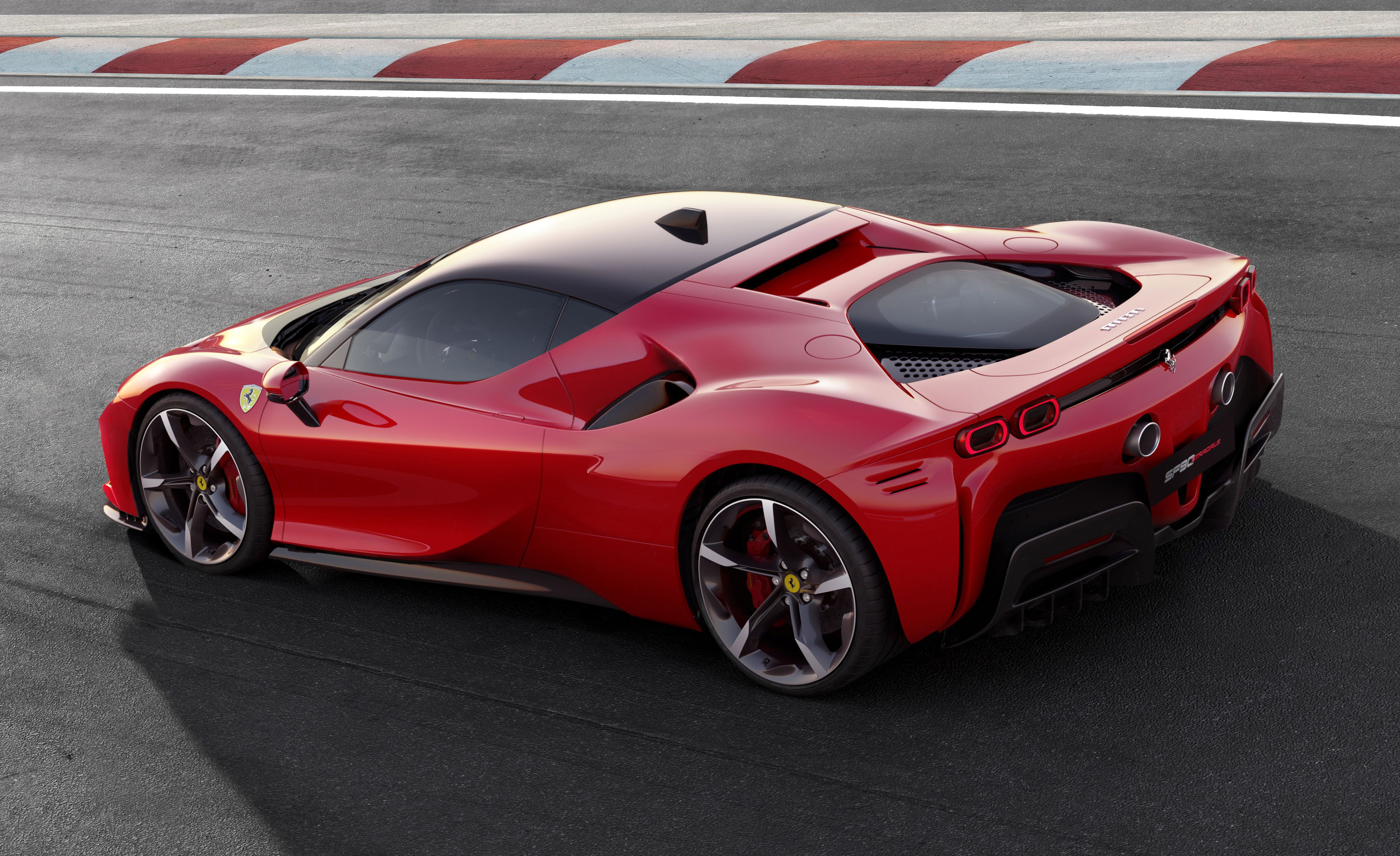 View Photos Of The New Ferrari Sf90 Stradale Super Cars New