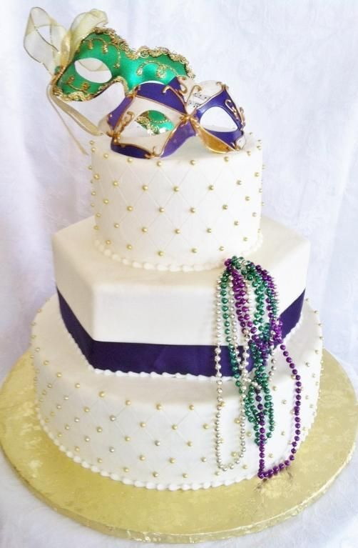 You Have To See Mardi Gras Themed Wedding Cake On Craftsy Mardi Gras Wedding Cake Mardi Gras Cake Themed Wedding Cakes