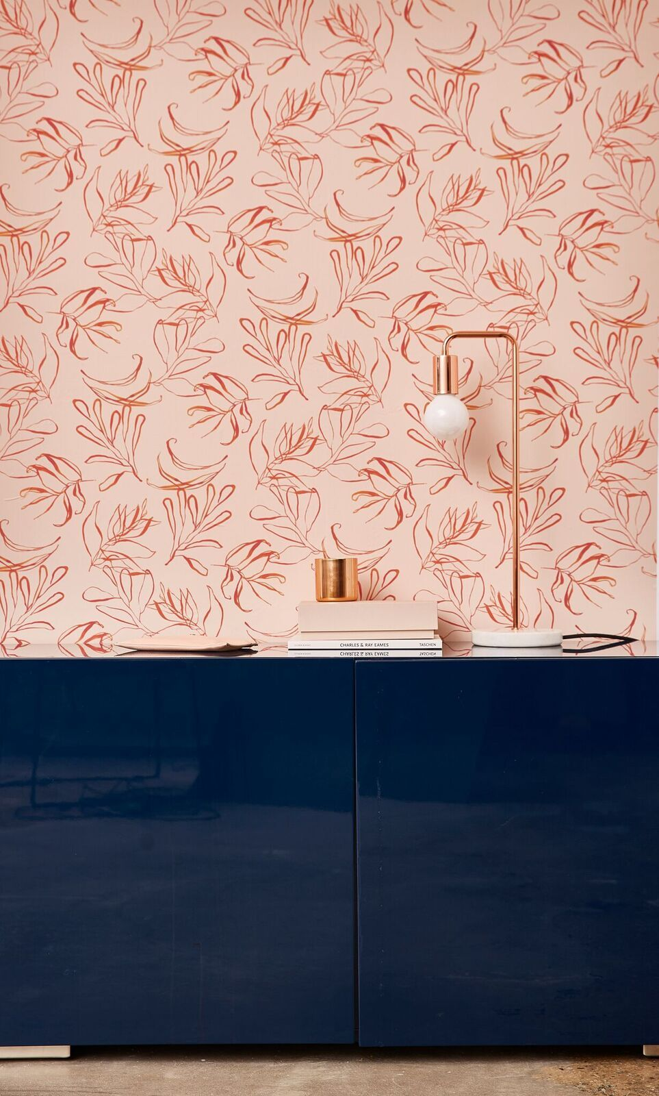 This Designer Wallpaper Lets You Decorate With No Commitment ...