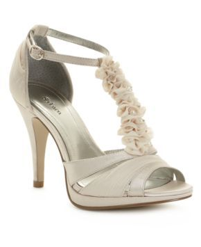 Potential wedding shoes. Love these!