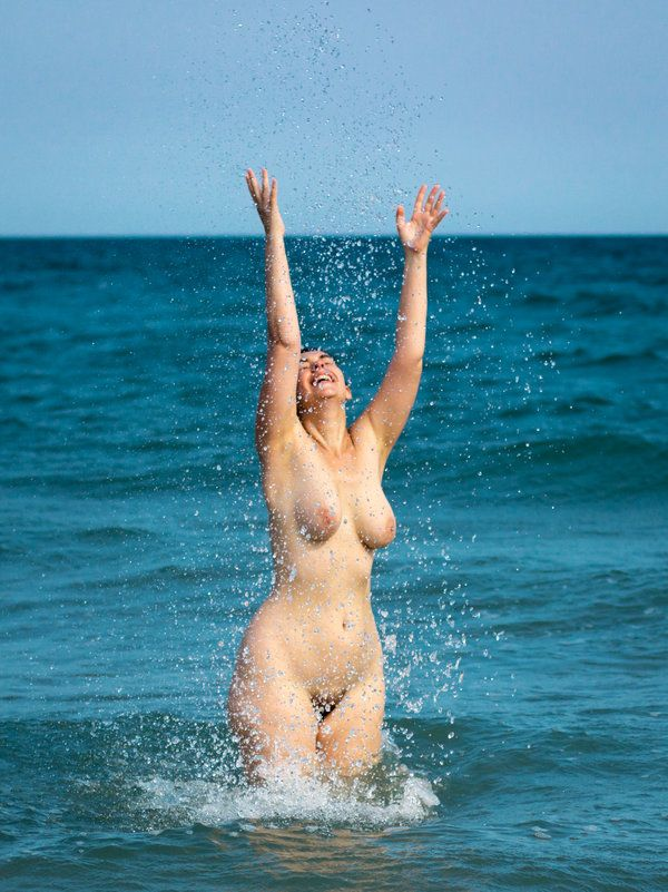 Crunch... naturism nudism nudist love her