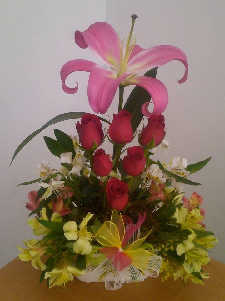 Arreglo floral ideal para cumpleaños Arreglos florales Pinterest