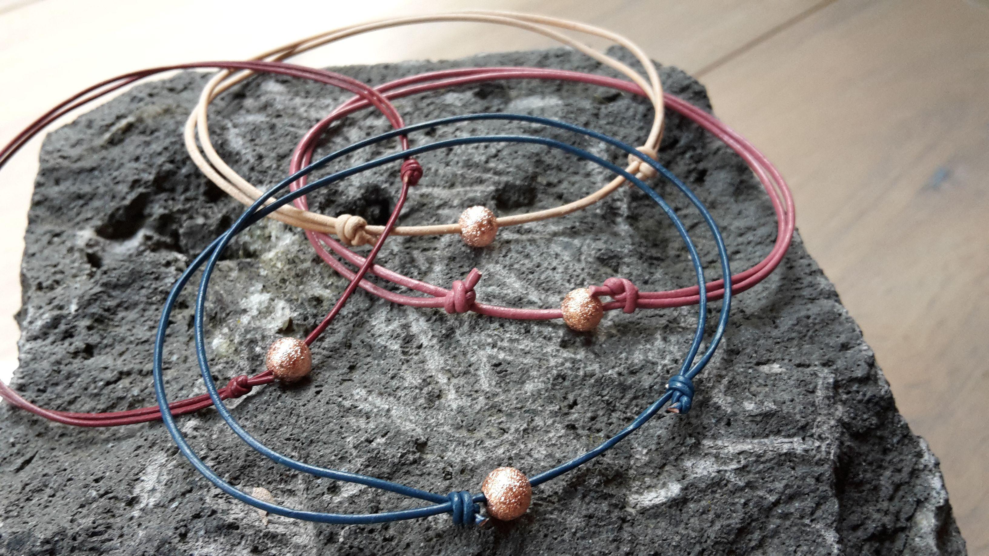 sliding knot bracelet aus Leder