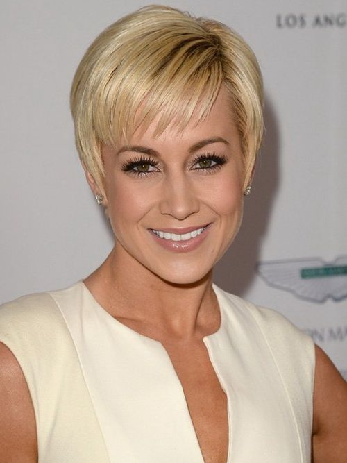 Hairstyles For Thinning Hair On Top The Best Short Haircut For Woman Over 50 For Thin Hair  Google