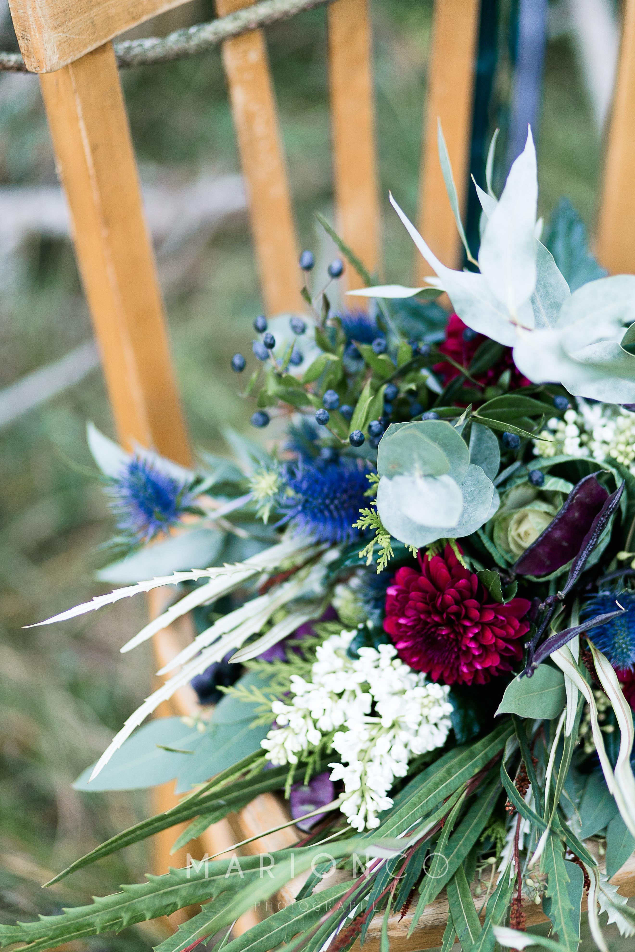Fleur De Sous Bois Bleue mariage dans les sous bois : bouquet végétal, bordeaux