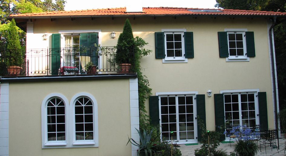 Fassadengestaltung beispiele mediterran  Mediterrane Stadtvilla im Fertigbau | Heifert Fertighaus | house ...