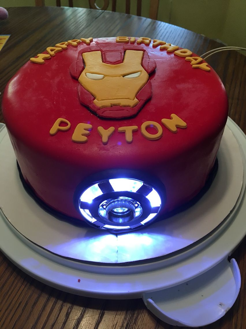 Iron Man Cake With Arc Reactor Ironman Cake Iron Man Birthday