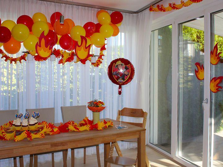 Feuerwehr-Party - Der vierte Geburtstag mit Feuerwehrmann Sam - Ich mit Kind