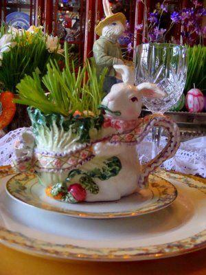 A Santamaker's Journey: tablescape Easter