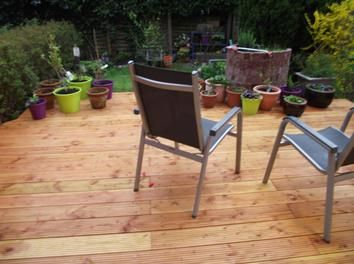 #Deck designed with #wooden #floor #boards: http://www.1-2-do.com/de/projekt/Terrasse-mit-Douglasie-Bodendielen/bauanleitung-zum-selber-bauen/14018/