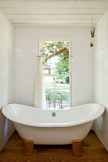 Best House Tour Jessica Helgerson Design Tiny House Bathtub 400 x 300
