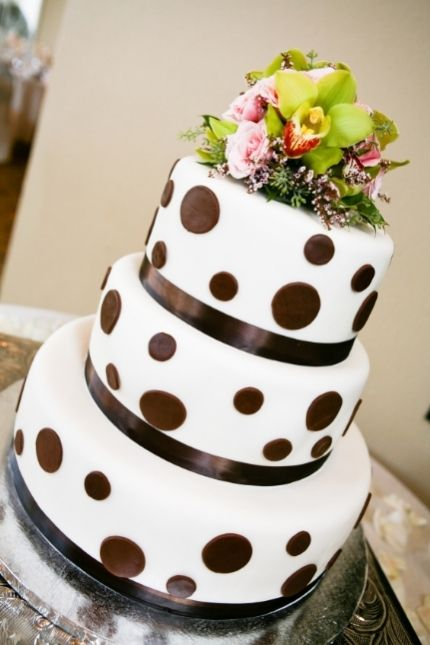 wedding cakes from stella pastry sf..love this cake if they did the brown in black