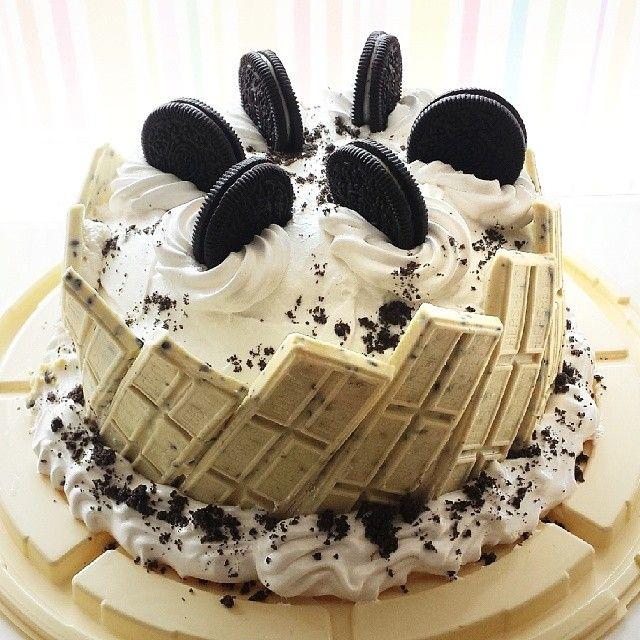 Terrific Hersheys Cookies Cream Cake Hershey Bar Cakes Crazy Cakes Funny Birthday Cards Online Hendilapandamsfinfo