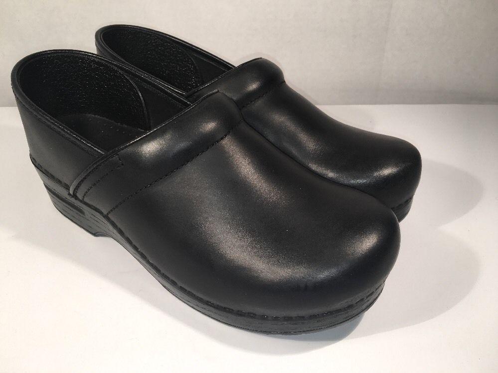 Women's dansko Eur Size 40 / US Size 9.5 Clogs / Shoes