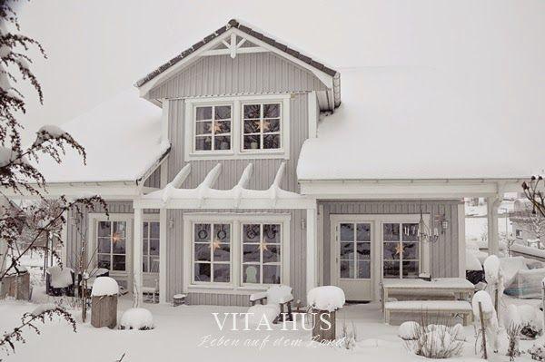 pin von vitahus auf vitahus unser haus aussen pinterest haus holzhaus und schwedisches haus. Black Bedroom Furniture Sets. Home Design Ideas