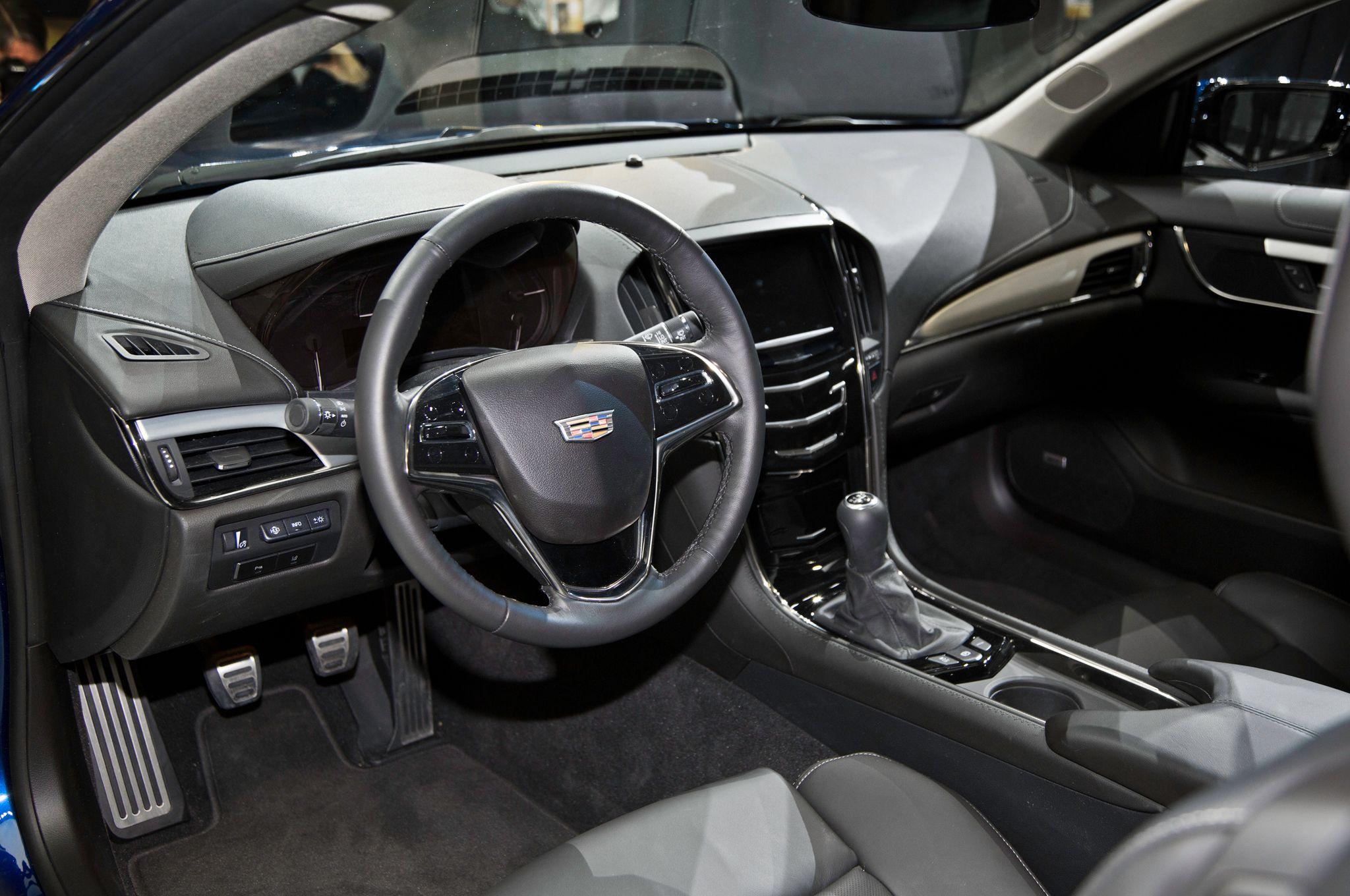 en news pages ats detroit list autoshows content coupe archive naias jan media us introduces detail cadillac sedan