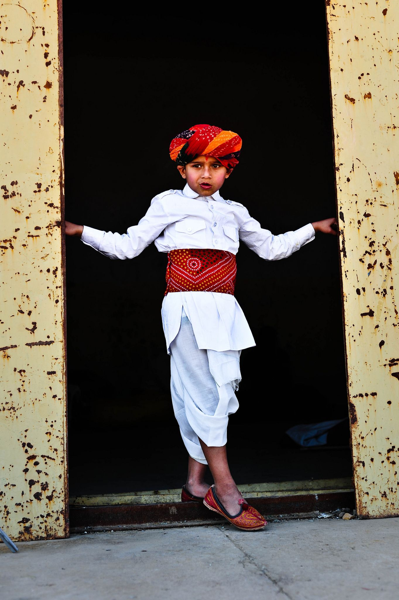 https://flic.kr/p/cYtewA   Jaisalmer, India, 2011   Boy at the the Desert Festival in Jaisalmer, India.