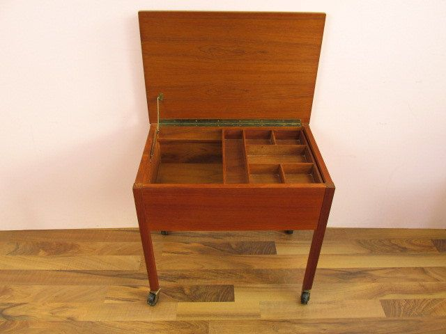 Vintage Sewing Basket Sewing Box Small Cabinet Danish Design Mid Century 50s Sewing Box Wooden Sewing Box Small Cabinet