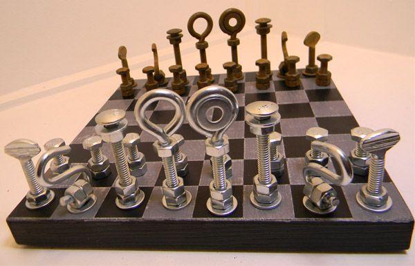 Industrial chess board eip auction ideas pinterest for Muebles perdigon