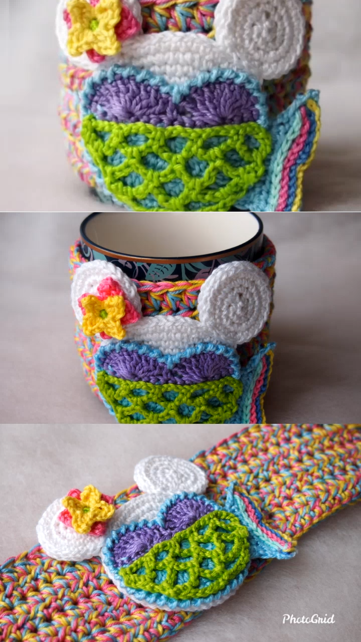 Photo of Mermaid Cup Cozy FREE Mouse crochet pattern