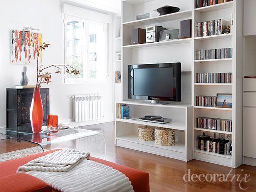 Sal n de estilo moderno paredes claras salones salones moderno y decoracion salones - Paredes salones modernos ...