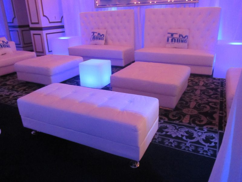 Modern White Modular Lounge Seating Idea Line Furniture