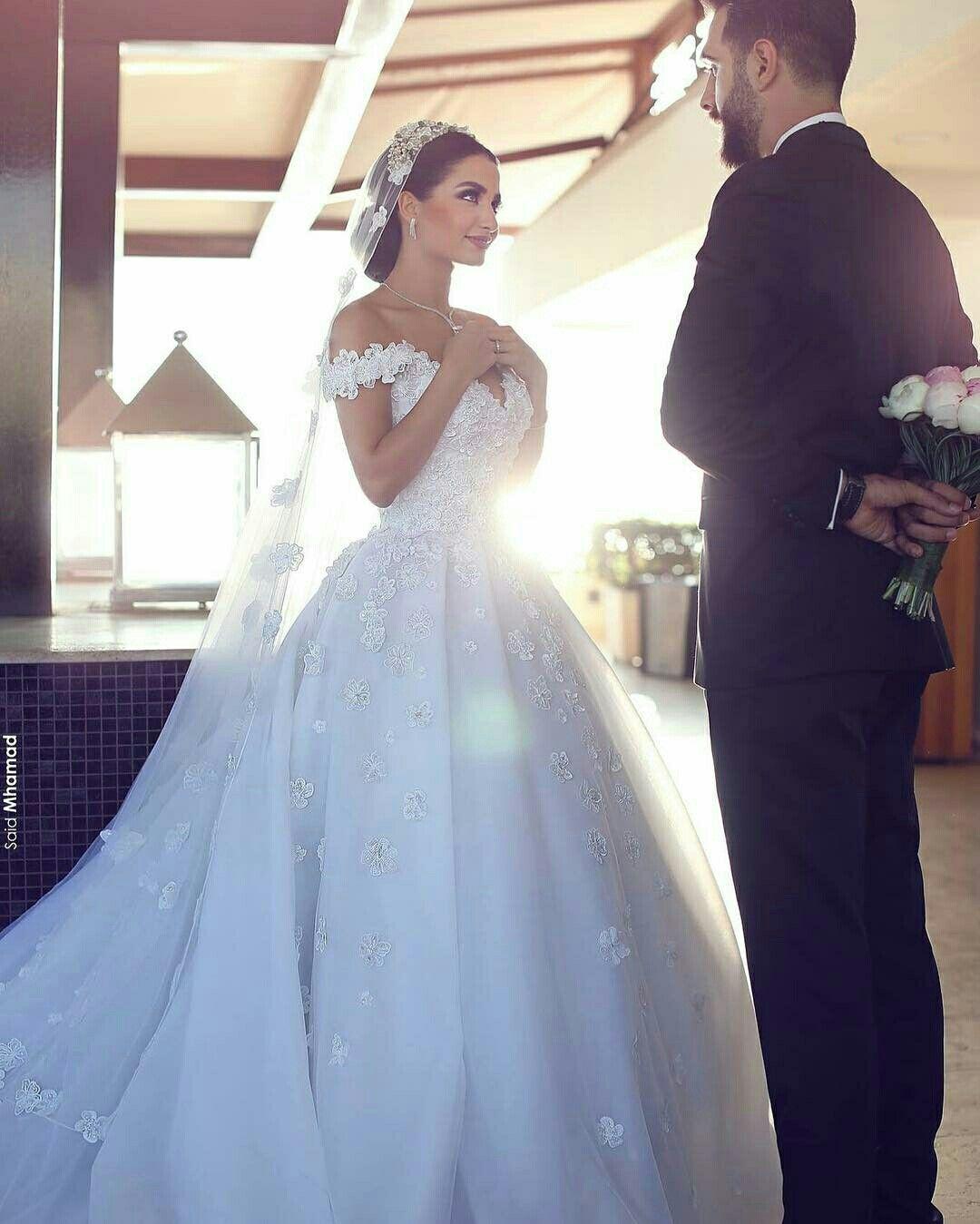 Pin de Megan Wood en White Hot! | Pinterest | Vestidos de novia, De ...