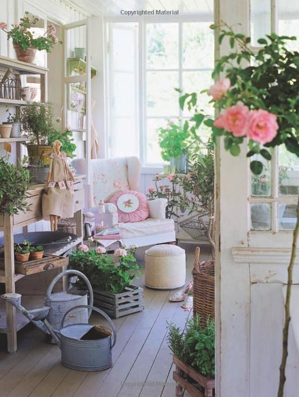 Wow This Is The Dream Look For My Terrace Shabby Chic Patio Shabby Chic Porch Shabby Chic Outdoor Decor