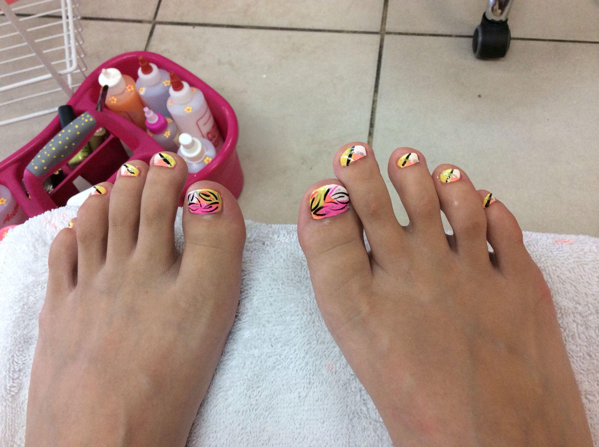Summer Toes Line Design Creative Nail Spa Belmont Pinterest