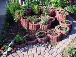 Bildergebnis f r pflanzsteine setzen pflanzsteine setzen for Gartengestaltung pflanzsteine