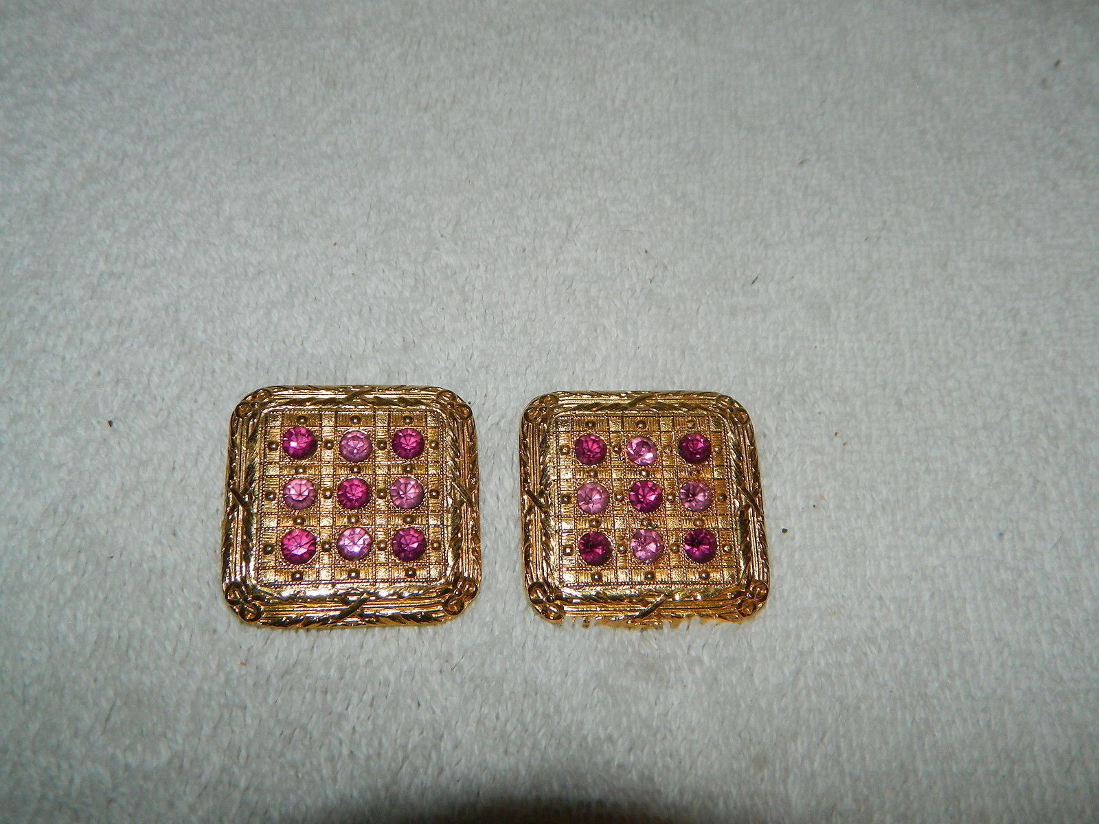 Vintage Large Silver Metal Color Clip-on Earrings Signed Ellen Designs